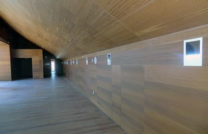 Techo y friso de madera